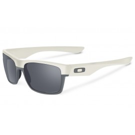 Oakley Twoface Sunglasses OO9189-22 Matte Cloud / Black Iridium Polorised Lens