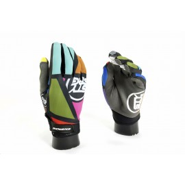 Stay Strong Mondrian Glove Multi